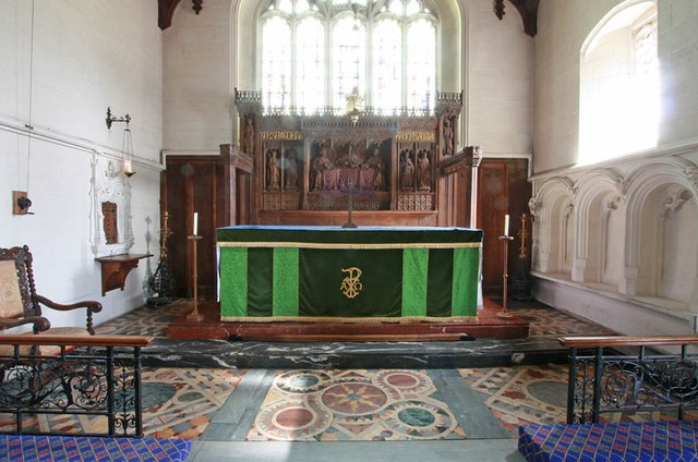 St John, Stansted Mountfitchet - Sanctuary