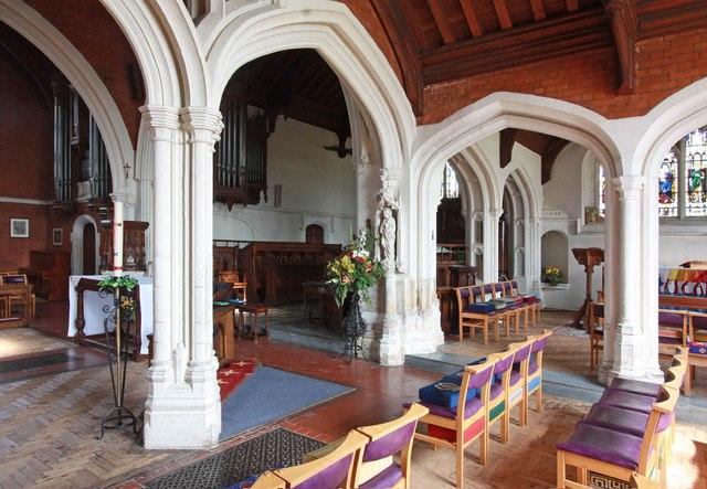 St John, Stansted Mountfitchet - Interior