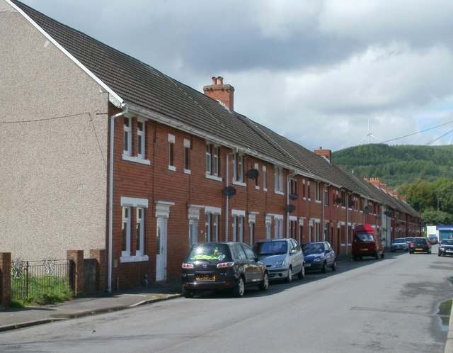 Long row of houses, Pentre Street, Glynneath