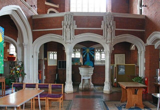 St John, Stansted Mountfitchet - Narthex