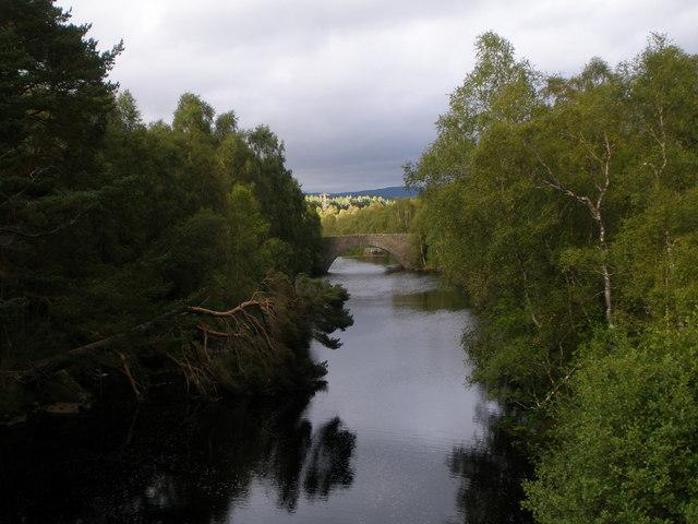 Ceannacroc Bridge from the A887