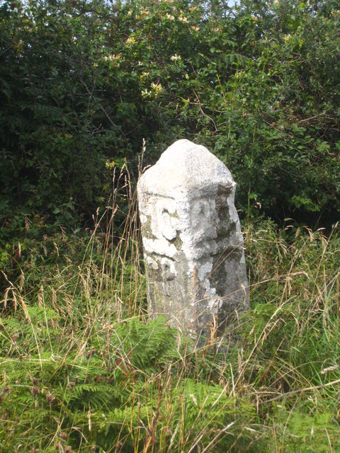 Detail of the milestone in Steamers Hill