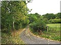 SO7970 : Public footpath and access road to Bank Farm, near Areley Kings by P L Chadwick