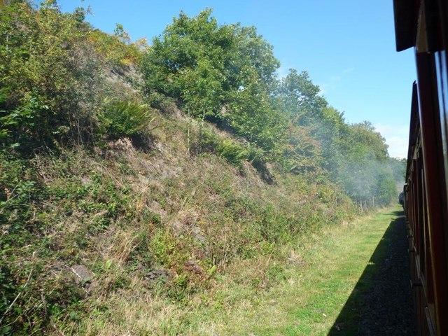 Wide railway cutting, narrow railway