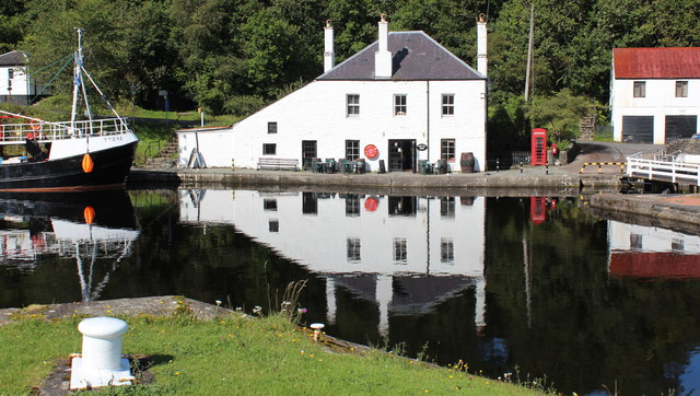 Coffee Shop Crinan Canal