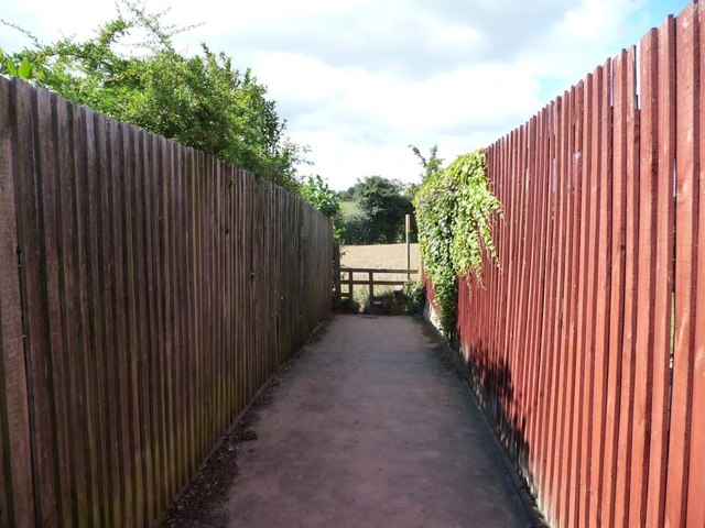 Footpath from Flats Lane