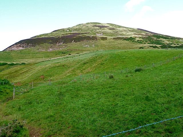 Castlelaw (488m) from Glencorse Reservoir
