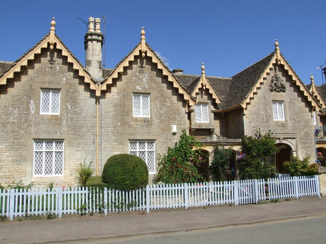 Grade II listed cottages, Badminton High Street