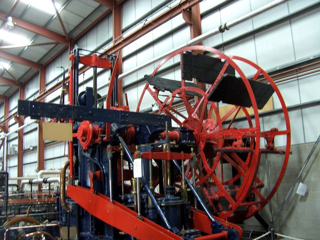 Paddle steamer engine