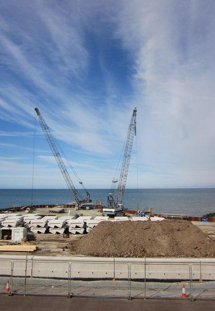 Gwaith amddiffyn yr arfordir / Coastal defence works