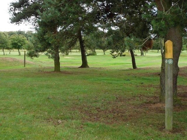 Crossing Garforth golf club by public footpath [1]