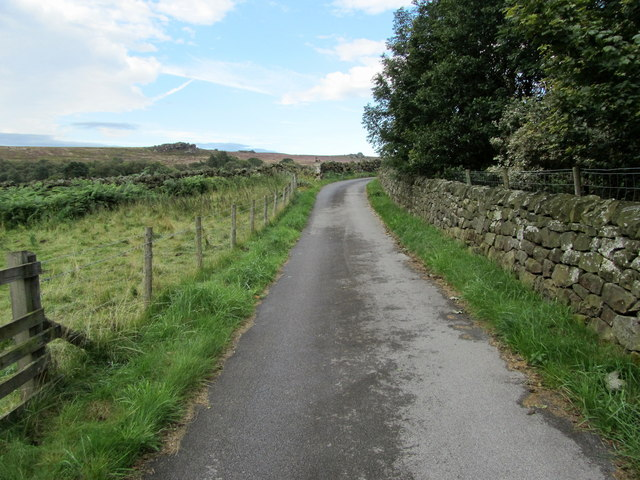 Access Lane leading to Redshaw Hall