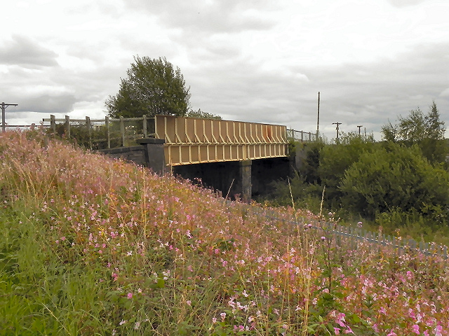 Railway Bridge, Oliver Fold