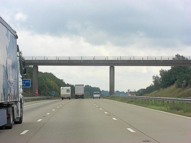 M20 bridge carries Pluckley Road