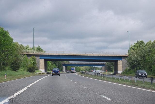 A1(M), overbridges Junction 61