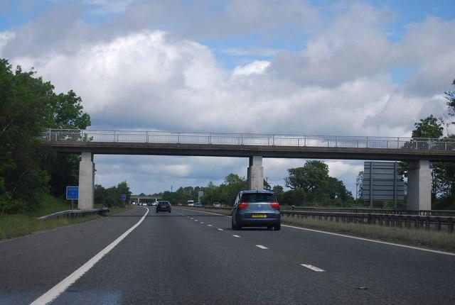 Footbridge over the A1(M) near Woodside Farm