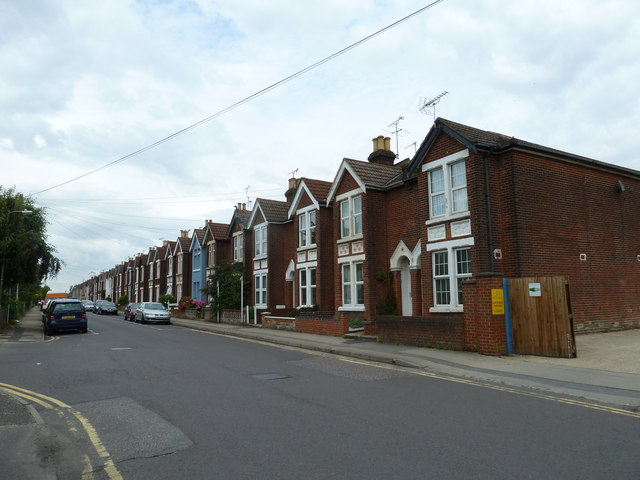 Houses in Dutton Lane