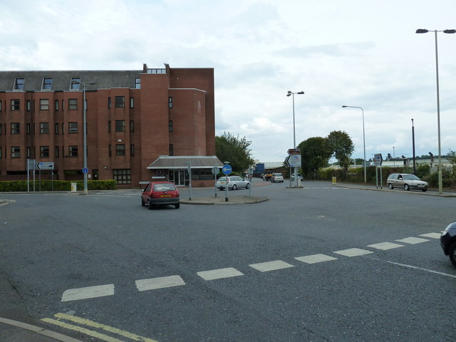 Mini-roundabout at the junction of Southampton Road and Wells Place