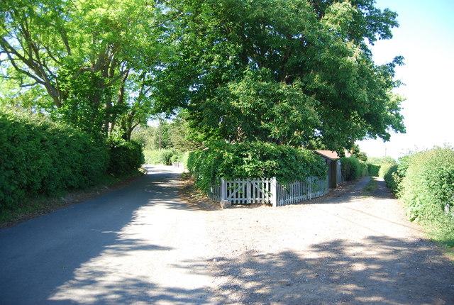 Footpath off Yopps Green