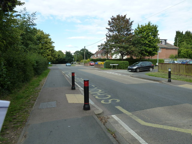 Approaching the junction of Water Lane and Boniface Close