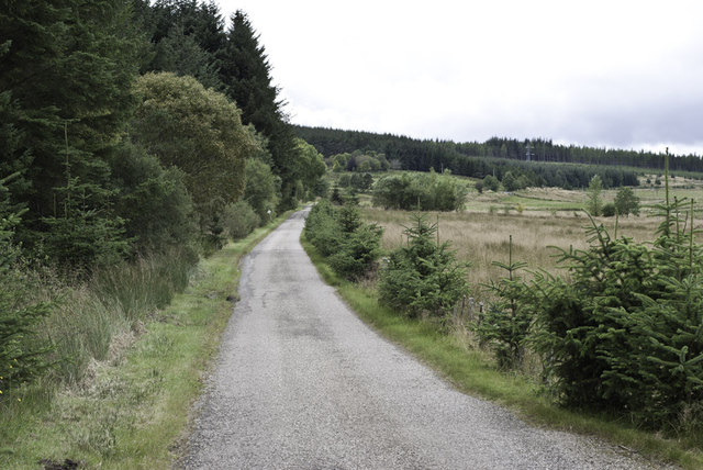Minor road by Strathy