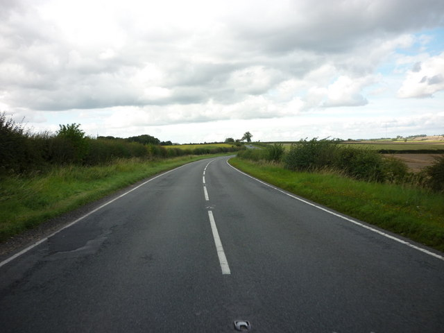 The B1225, High Street to the north of Baumber