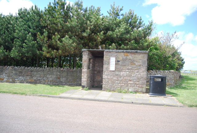 Bus shelter, Beadnell