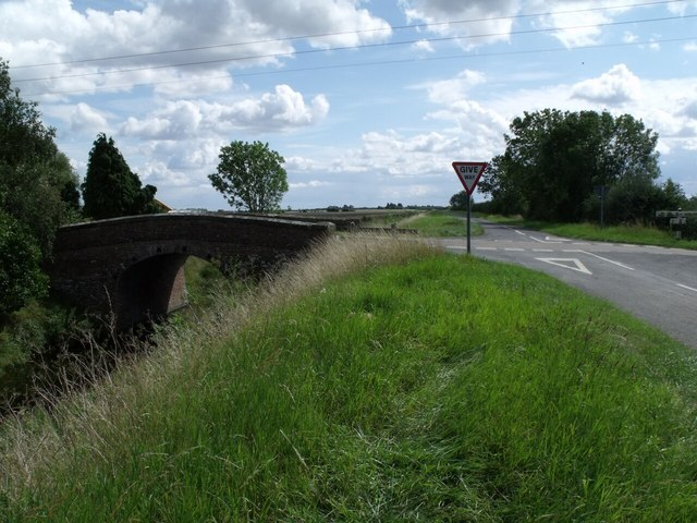 Bridge over Castle Dike and road junction