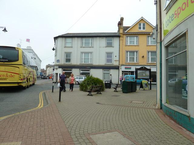 Sandown High Street, June 2011