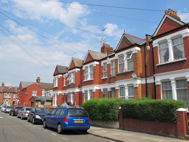 Larch Road, NW2 (2)