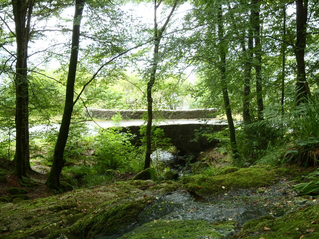 A 762 road bridge over the Lowran Burn