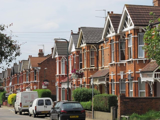 Temple Road, NW2 (2)