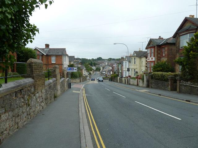 Approaching the junction of St John's Road and Benett Street