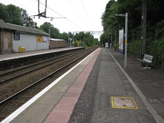 Bearsden railway station, looking WSW