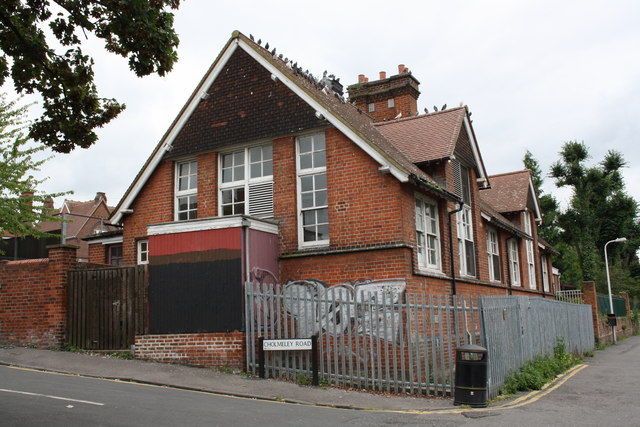 School building at NW end of Cholmeley Road