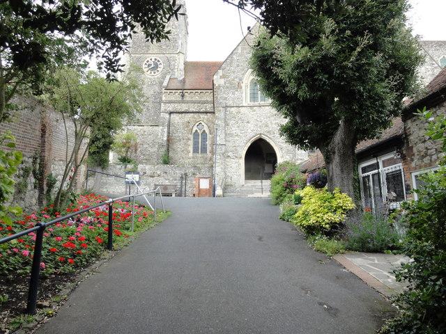 Hythe, St Leonard's Church