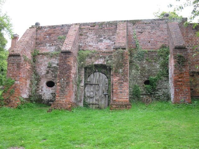 Ice house at Ufton Court