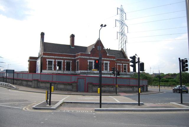 An ex pub, Victoria Dock Rd