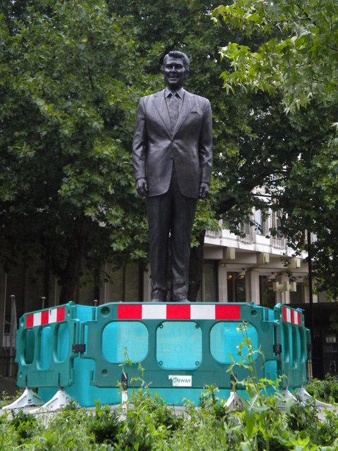 Ronald Reagan statue, Grosvenor Square W1