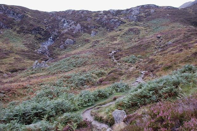 Steeper ground in Gleann Riabhach