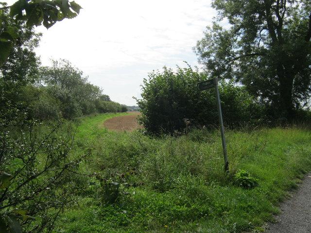 Public footpath off Bishopton Lane