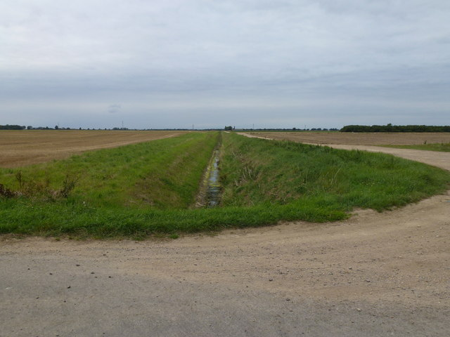 Typical fenland - Farmland, drain,track and big sky