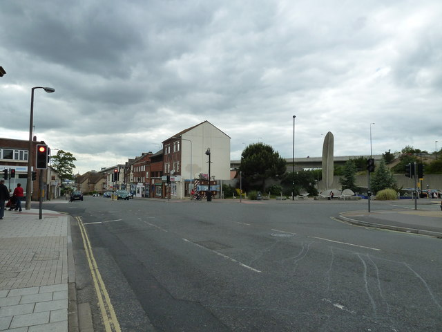 Portsmouth Road, Victoria Road, Bridge Road crossroads (a)