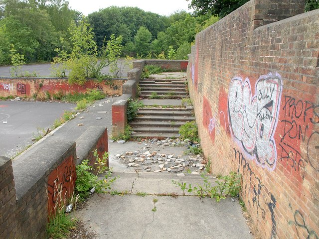 Steps at demolished Braim Wood School