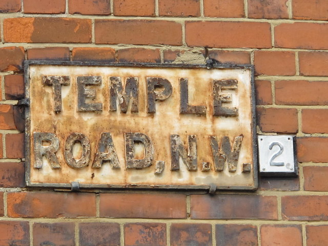 Sign for Temple Road, NW2
