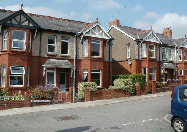 Springfield Road houses, Abergavenny