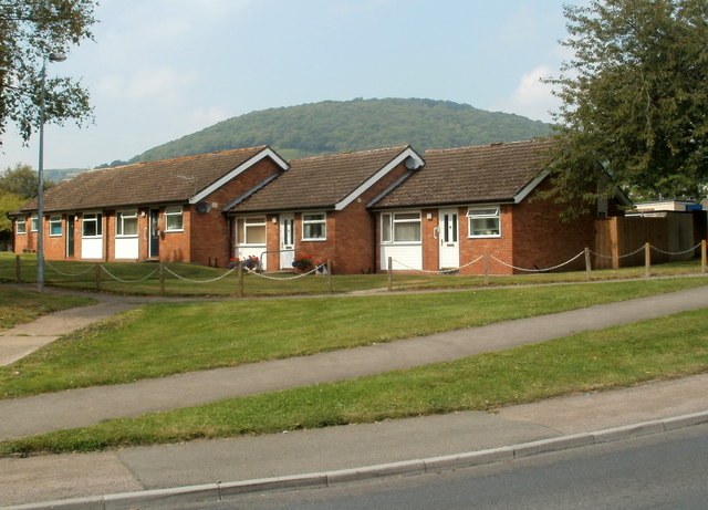 St Teilo's Road bungalows, Mardy