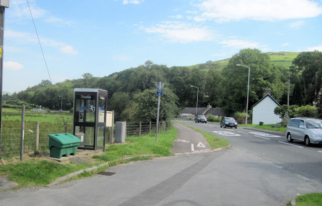 A487 and phone box at Derwenlas