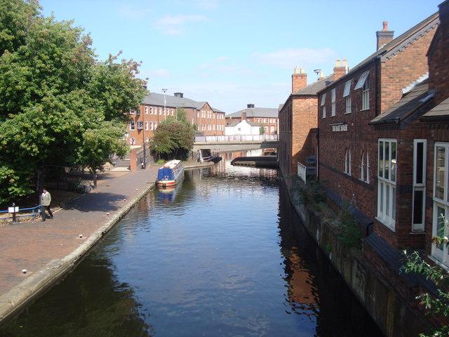 Canal and Pub, Birmingham