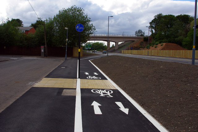 Cycle path alongside Dale Road and Aston Web Boulevard (Selly Oak New Road, Phase 2)